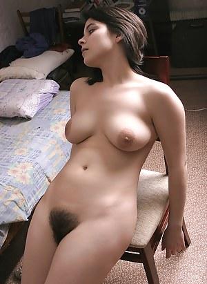 Naked ladies hairs on vagina