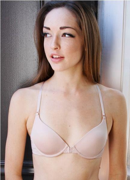 Women flat chest nudist