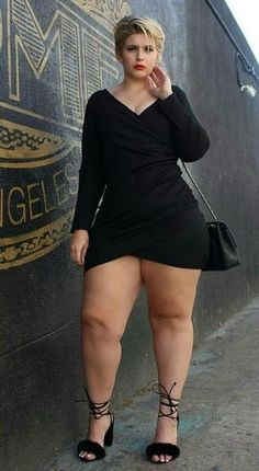 Pawg curvy thick thighs