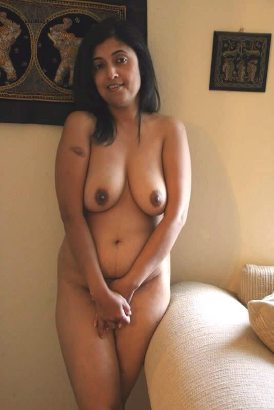Mallu aunty hot nude boobs