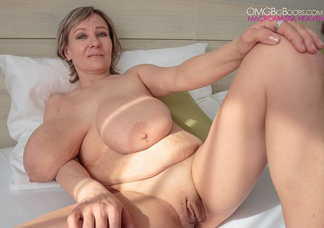 Mature big tits alice