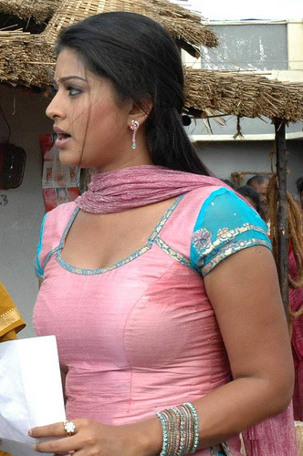 Tamil actress big boob photos