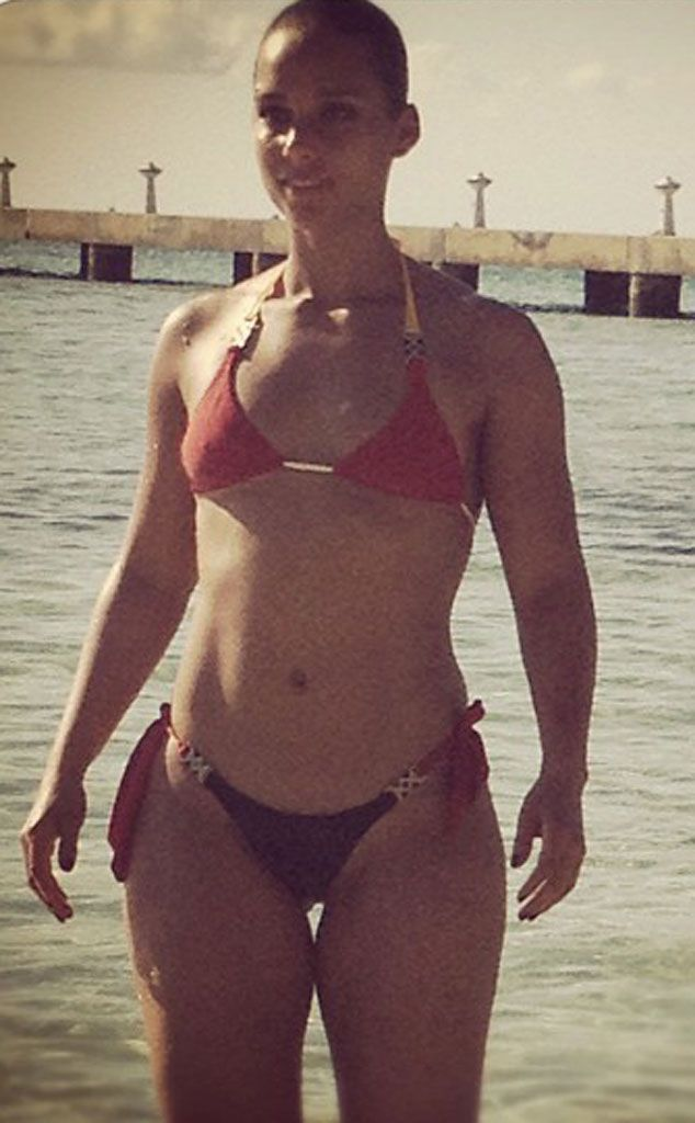Alicia keys hot bikini