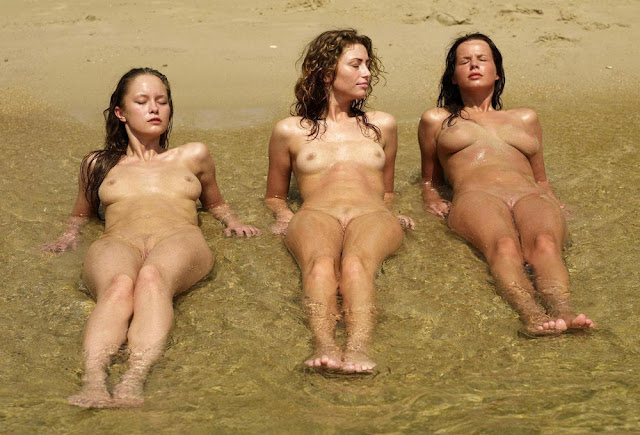 Group of nude friends