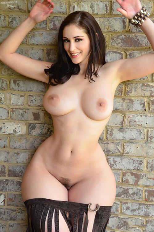 Hot white girl big tits porn