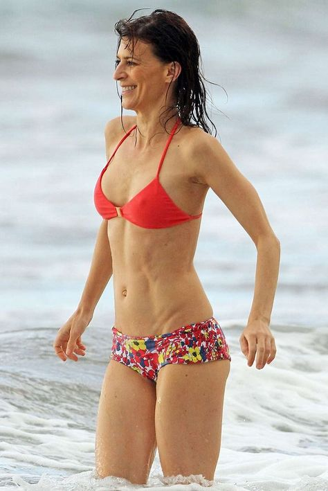 Shania twain bikini pics