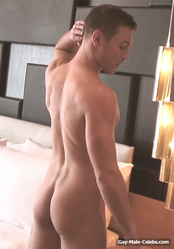Naked smith andrew hayden