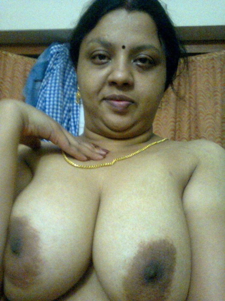 Tamil mom boobs photos
