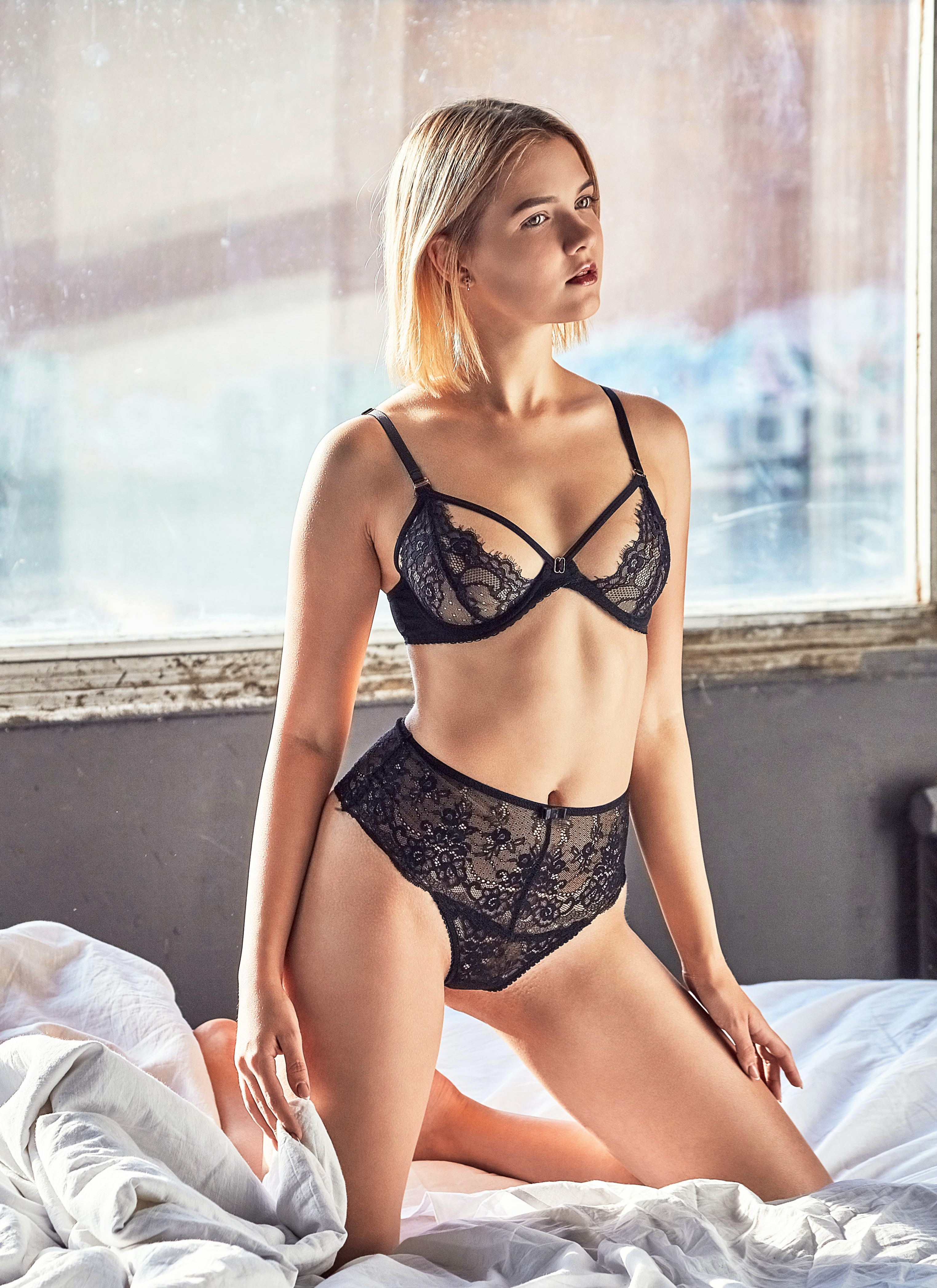 Sexy curvy girls panties