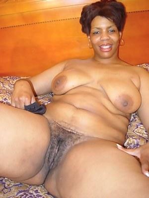 Black naked moms pussy