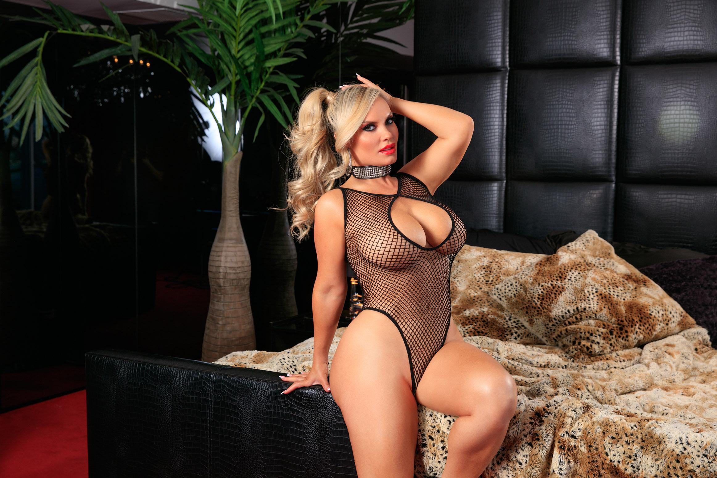 Coco austin ass up face down