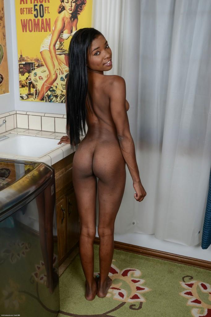 Short black women porn