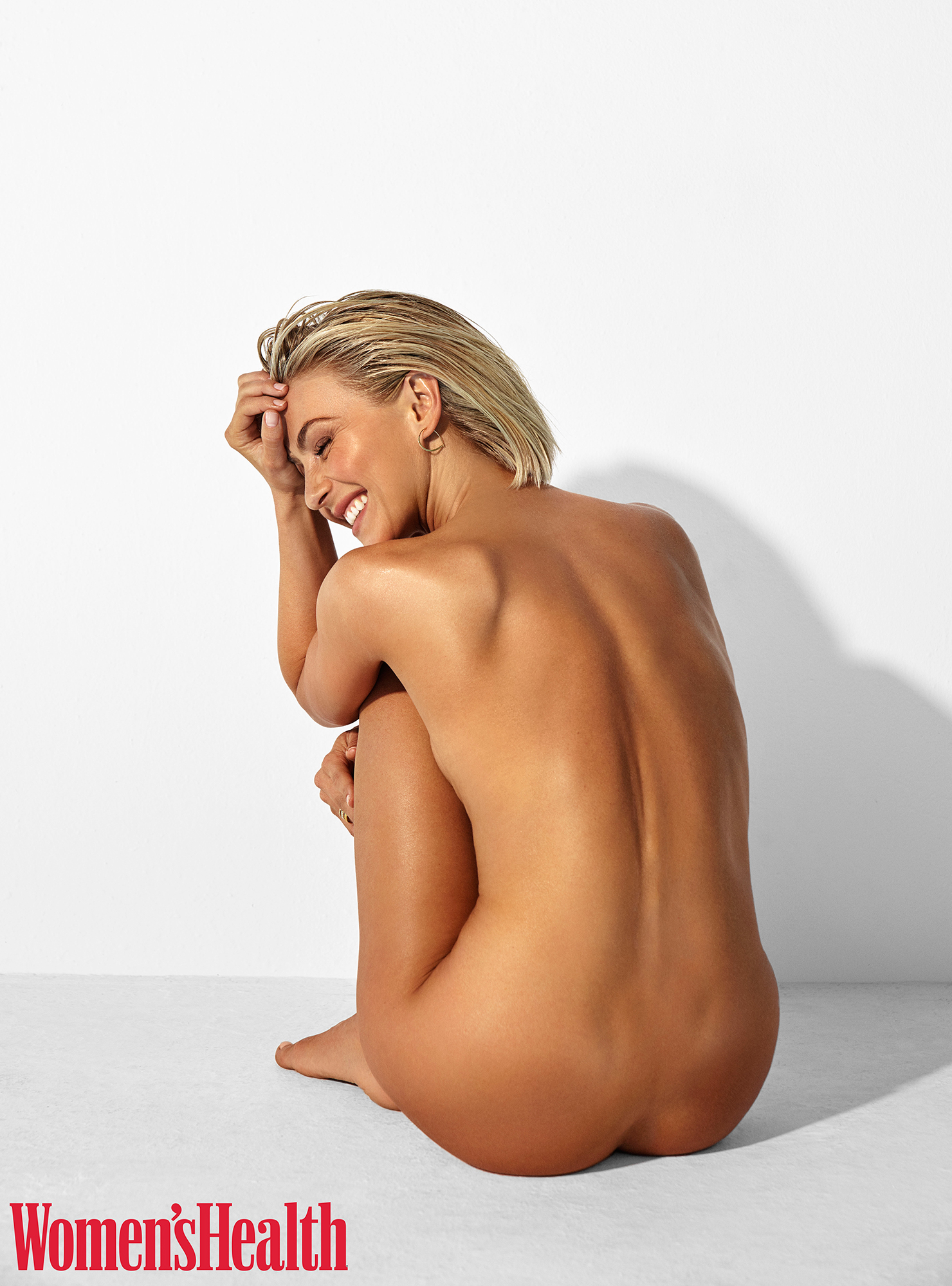 Showgirl magazine model nude