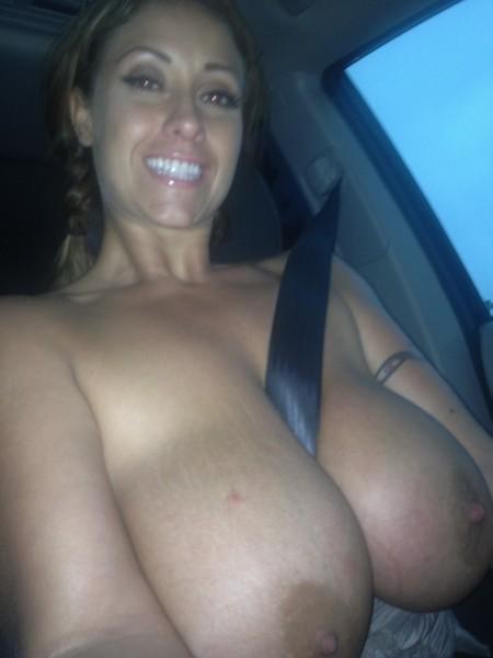 Big tit milf selfie in car
