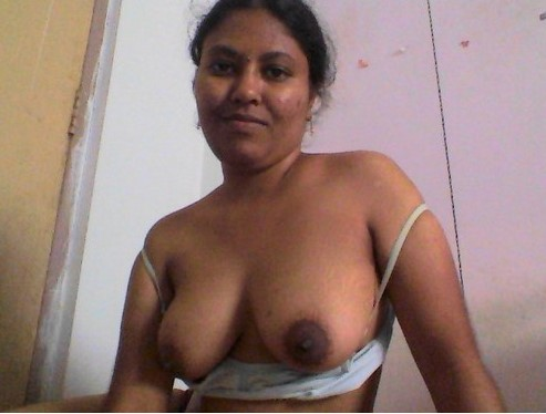Sexy boobs indian aunties images
