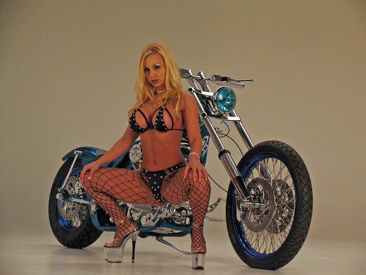 Harley davidson motorcycle girls nude