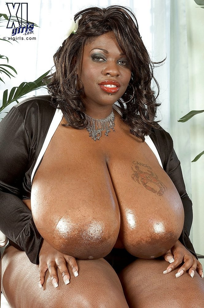 Sexy fat naked black women