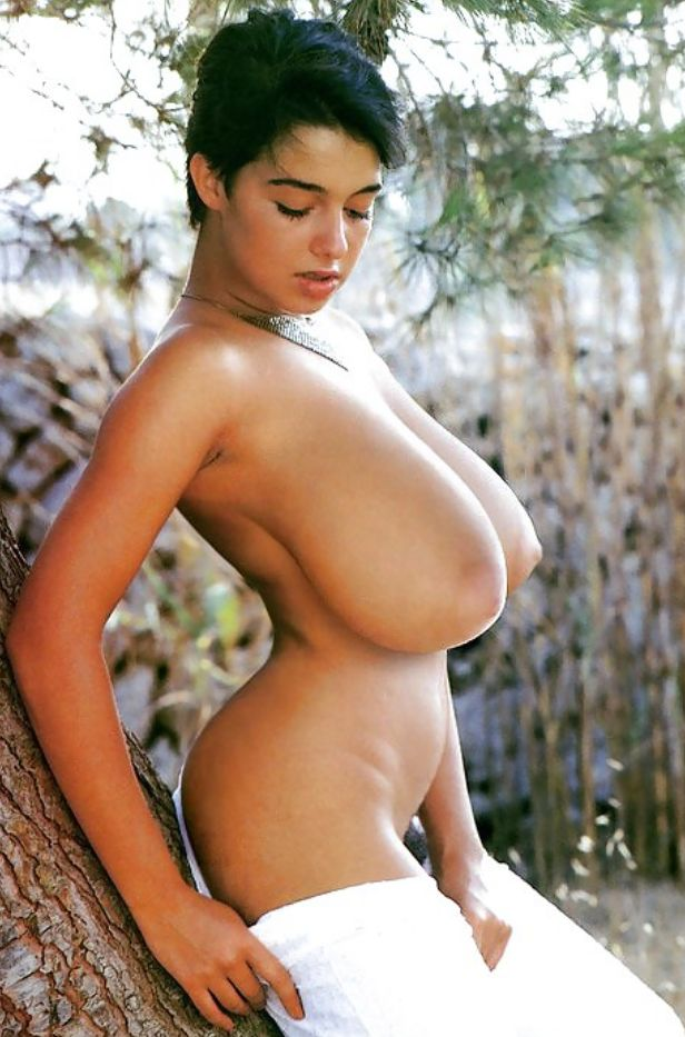 Nude high definition of naked women