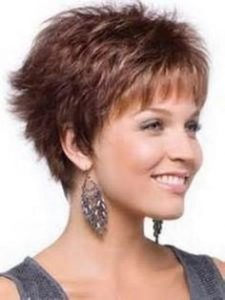 Short textured haircut for women