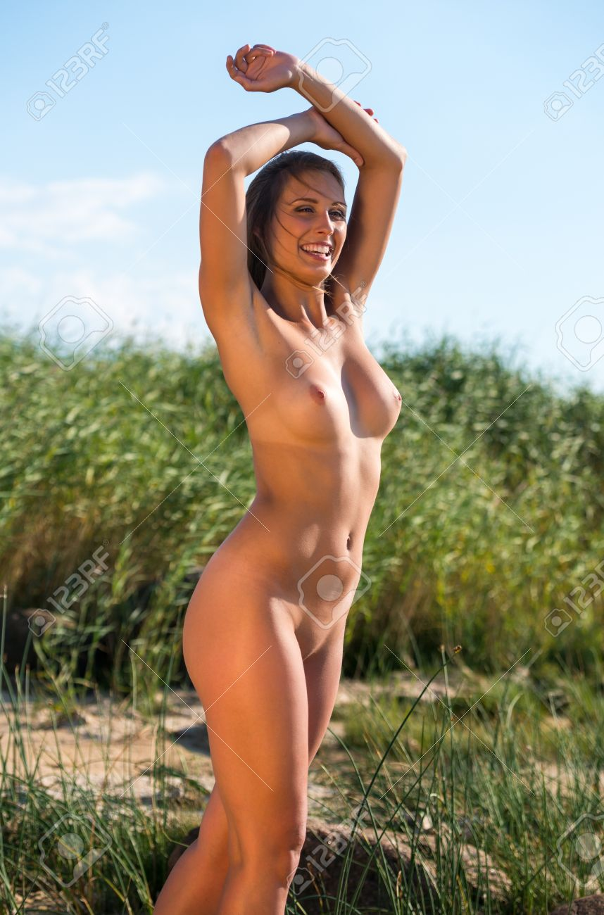 Photos of nude women