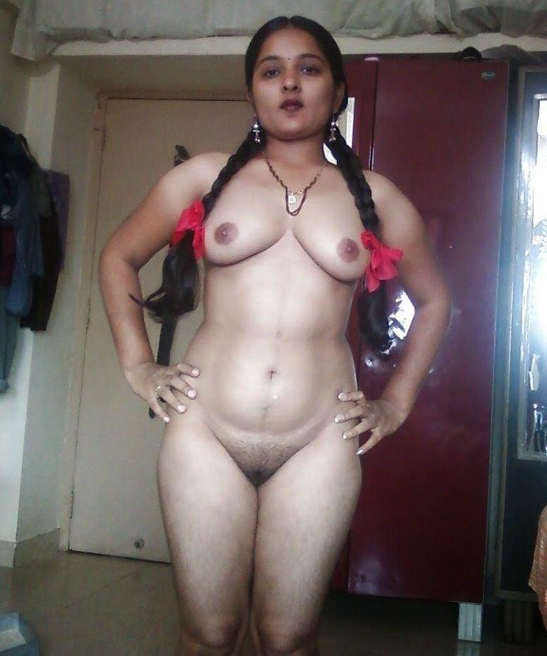 Women nude in osakarovka