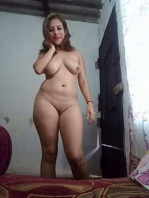 Mature mexican latina pussy