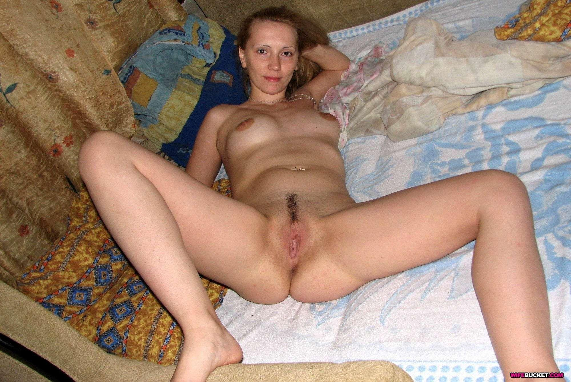 Real amateur housewife naked