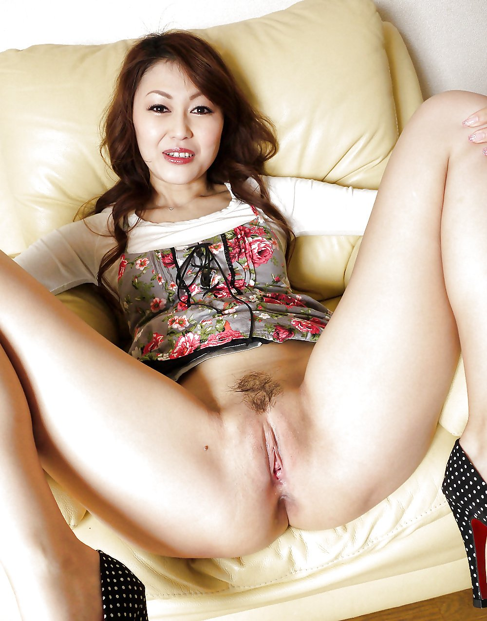 Tight mature asian pussy