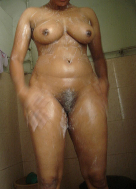 Desi aunty naked x pic