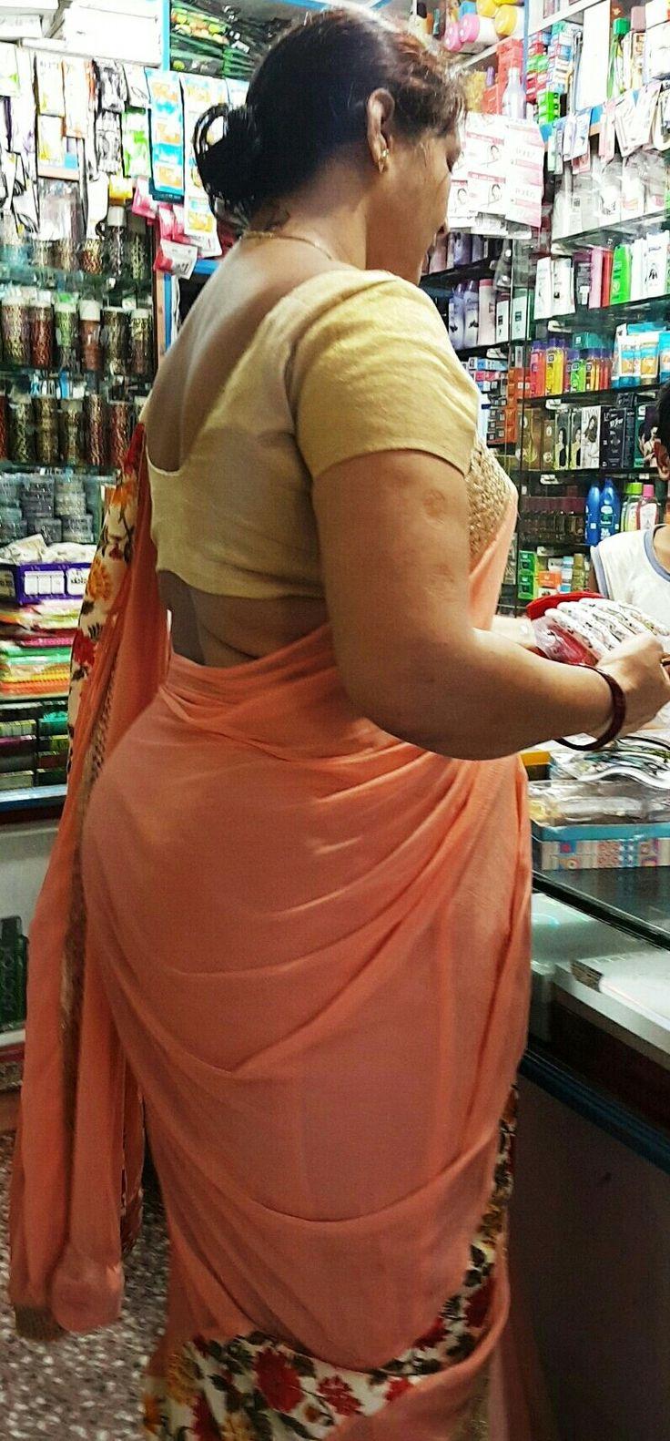 Hot aunty big back
