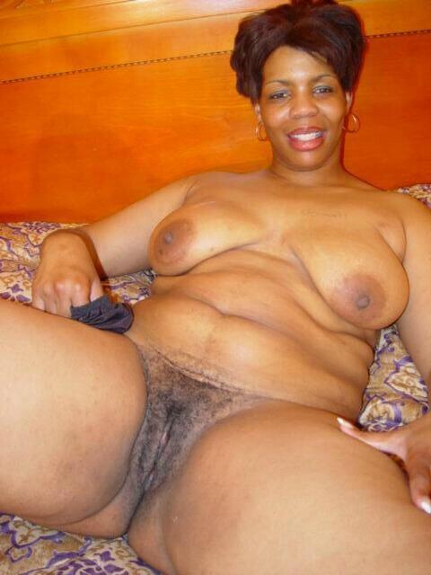 Naked big sugar mummy