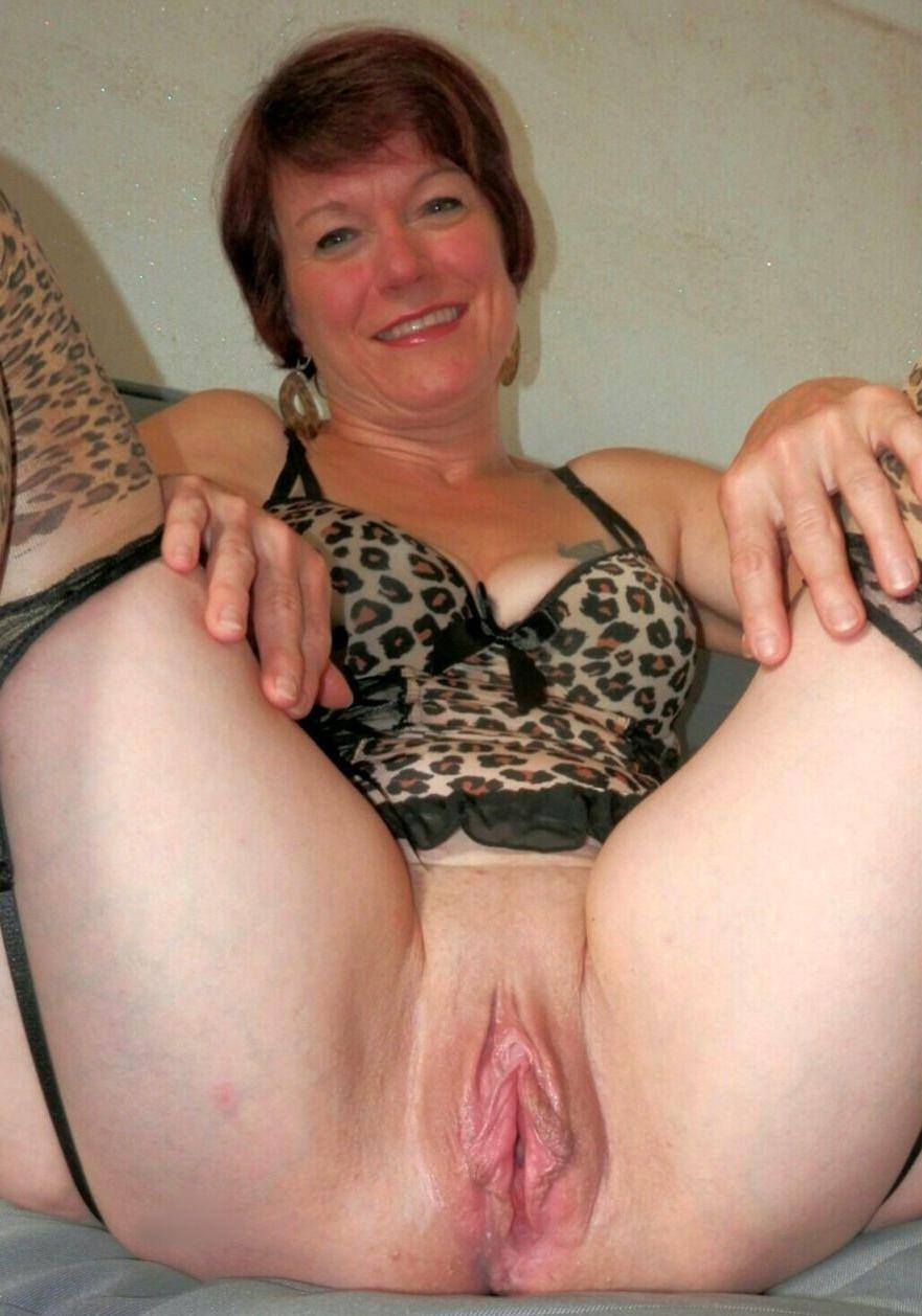 Fantastic beautiful nude wives porn galleries