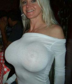 Big boob in shirt t wet