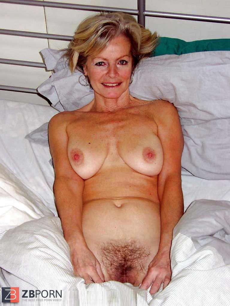 Mature milf justine blonde granny