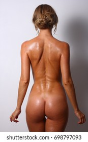 Naked white girl oiled