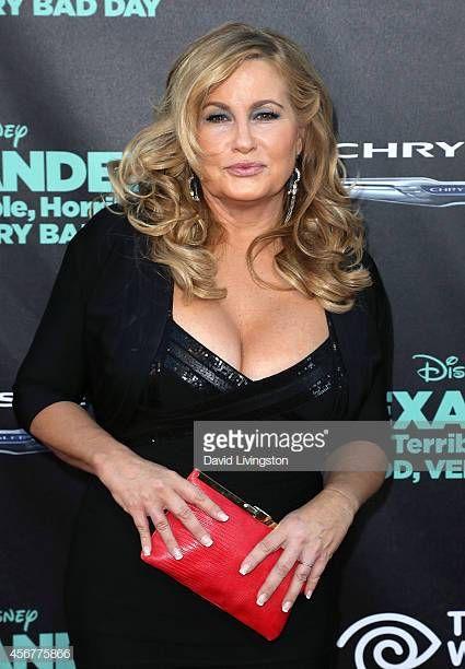 Jennifer coolidge boob size