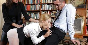 Black men kiss white girl porn pic