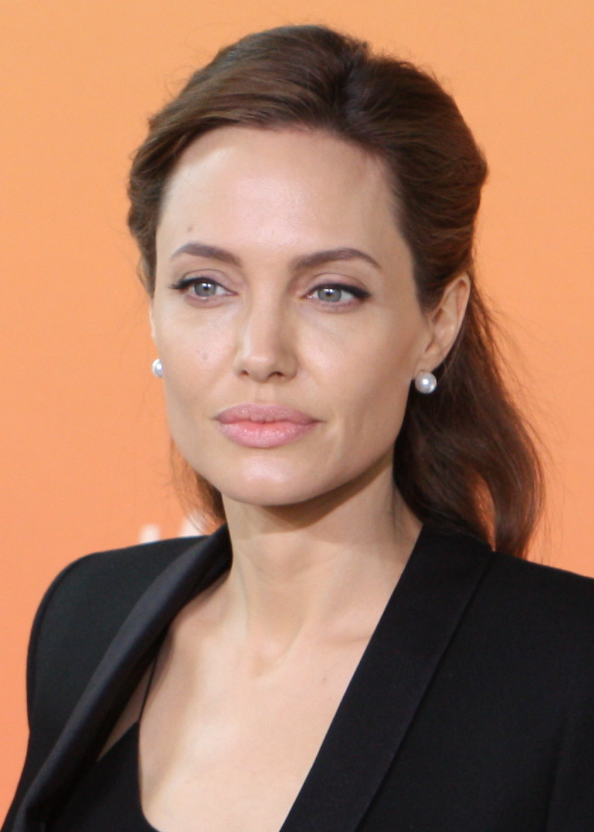 Angelina jolie hollywood actress