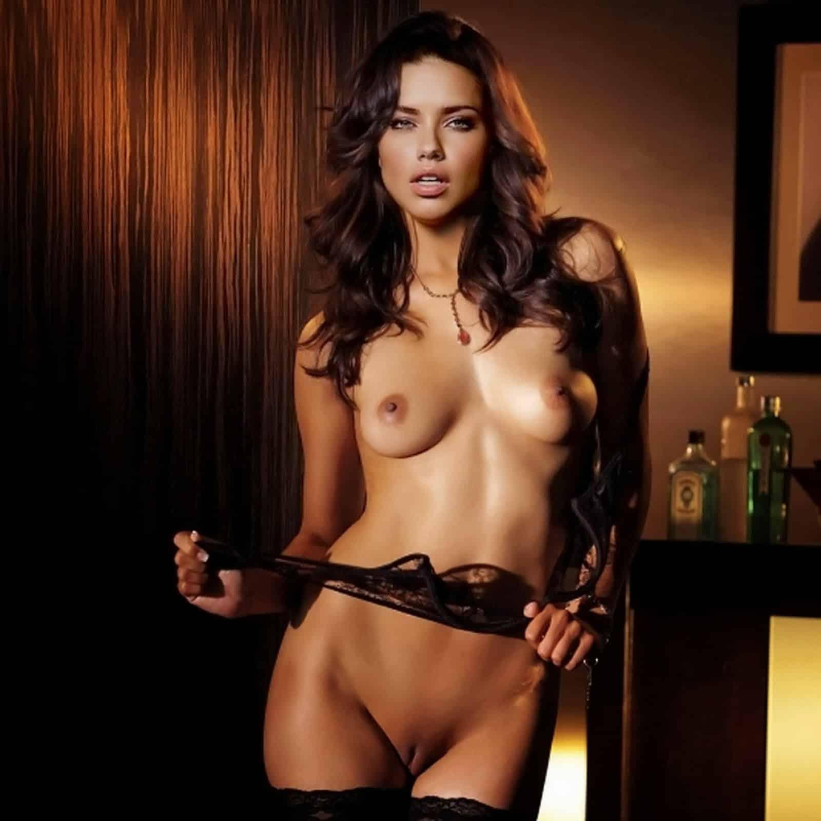 Model adriana lima nude