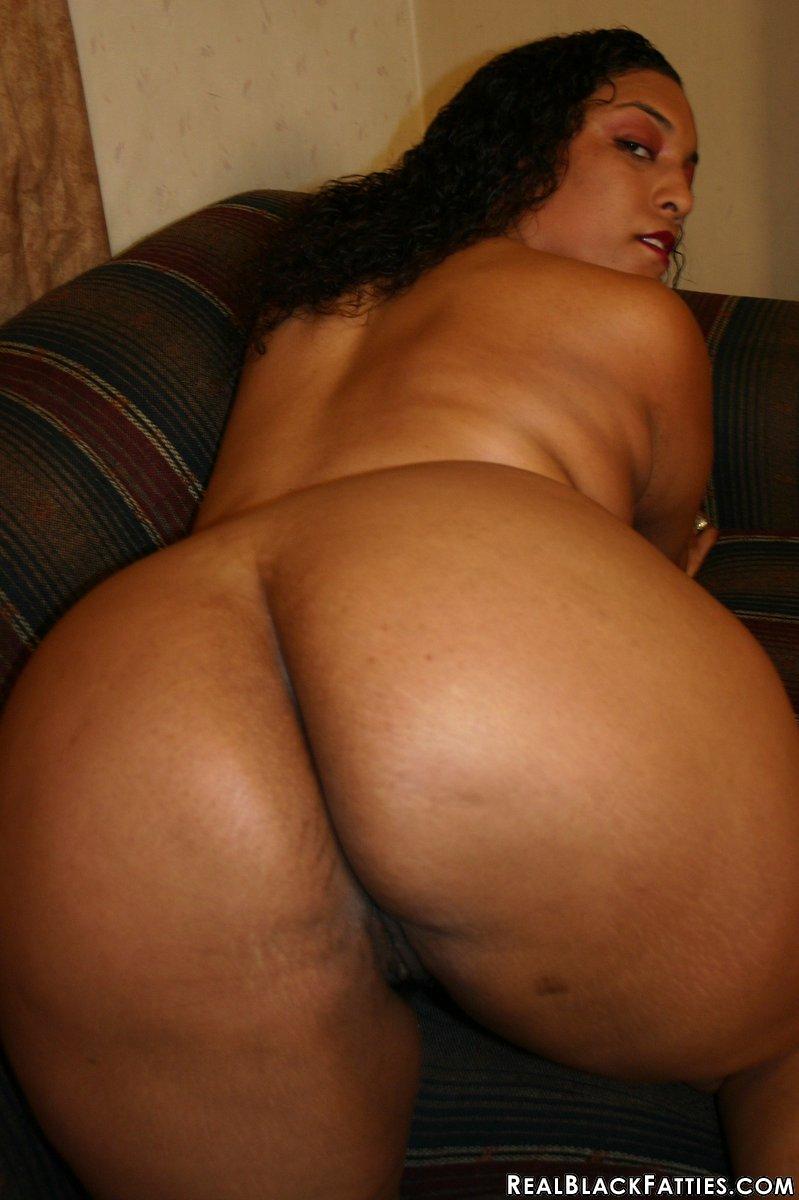 Naked ass pics women light skinned africa