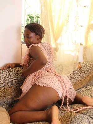 Exotic black women hairy pussy
