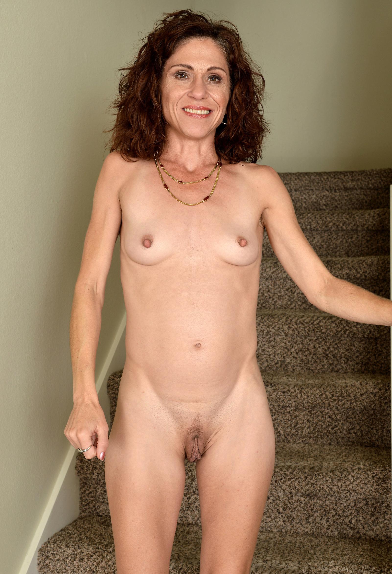 Very skinny nude women