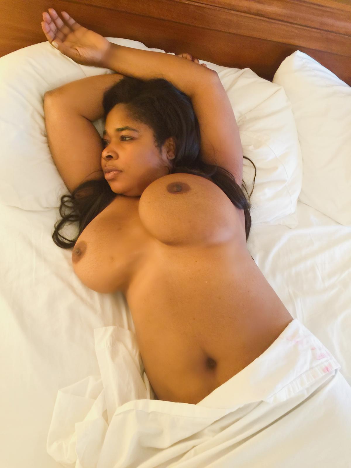 Big pussy igbo girl porn pics