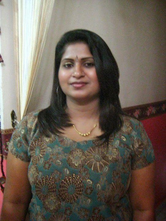 Indian hot fat aunty