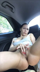 Amateur girls masterbating in car
