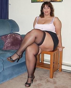Pussy fat mom black