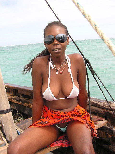 Black girl fucked in sun
