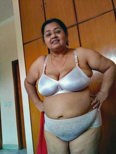 Indian hot older aunty