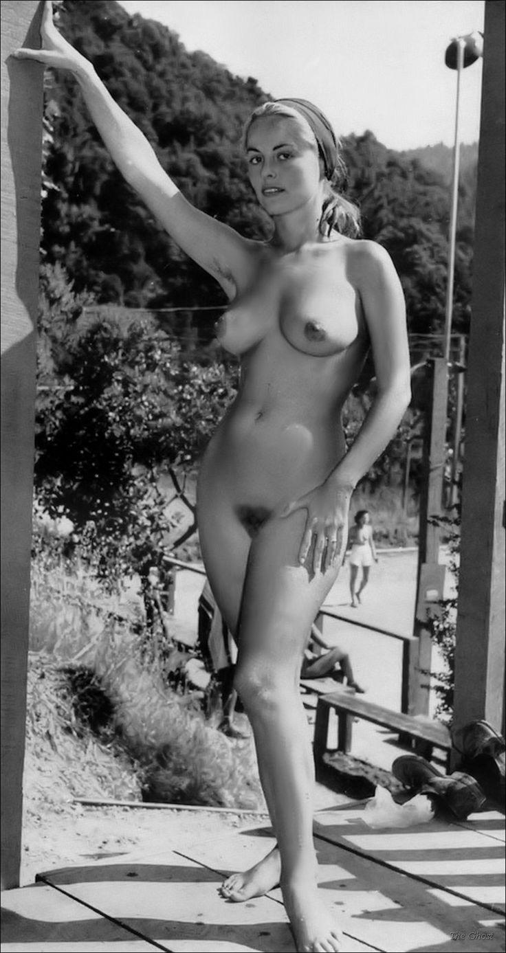 Vintage black girl naked