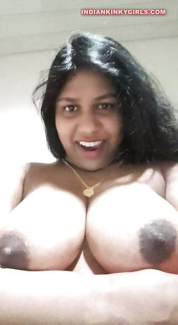 Nude aunty big boobs